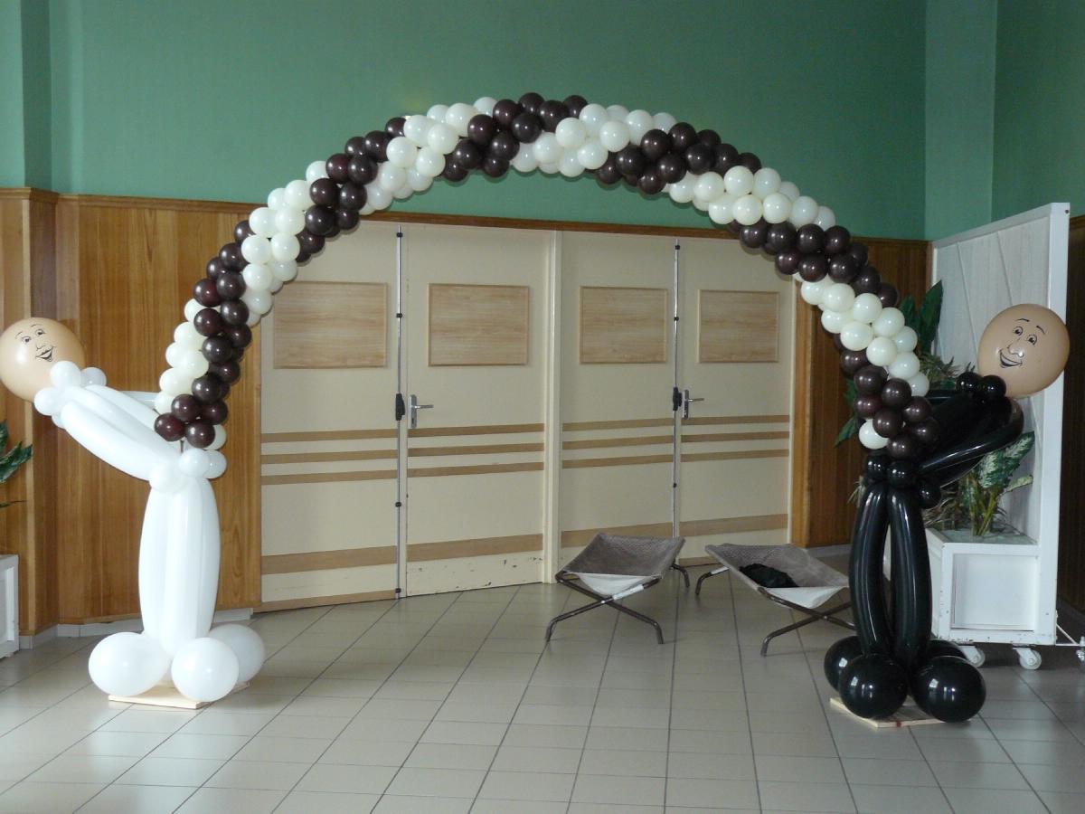 Exceptional Arche A Ballon Mariage #6: Décoration Ballon Arche Avec Marié · Zoom